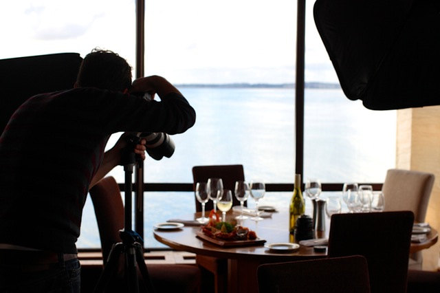 food-restaurant-camera-taking-photo-1